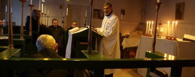 Улф Екман говори на тайна служба с католици през 2009 година
